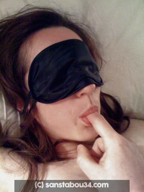 Venez baiser mon épouse qui aura les yeux bandés (couple libertin Béziers)